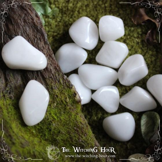 Quartz neige roulé (quartz laiteux)