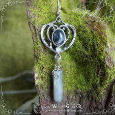 """Elfe des Forêts"" elven pendulum necklace - green moss agate and serpentine"
