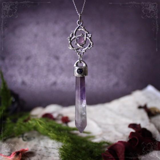 "Amethyst pendulum necklace with triquetra ""Ivyana Faorelia"""
