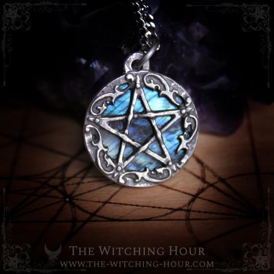 "Pentagram pendant ""Millianaë"""