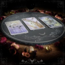 Tarot and oracle spread board