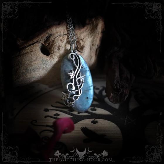 Blue labradorite pendant