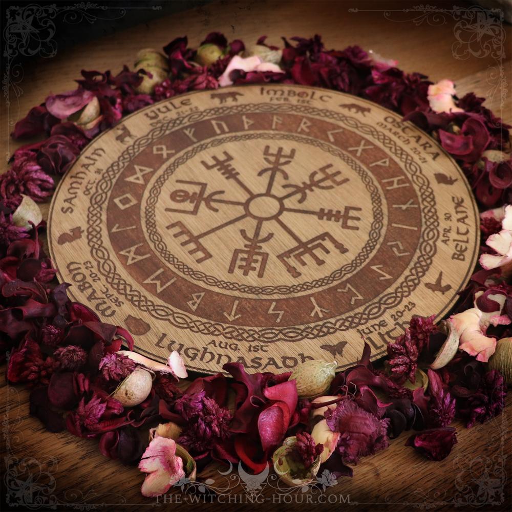 Vegvisir wheel of the year